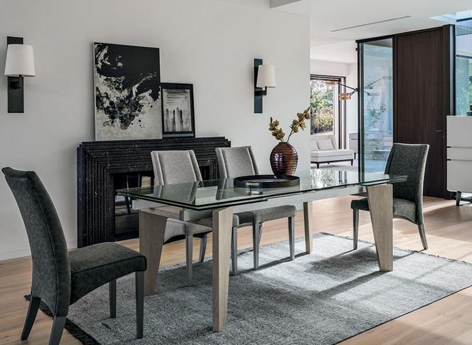 Tavoli sedie e complementi md arredamenti for Spazio arredo torino